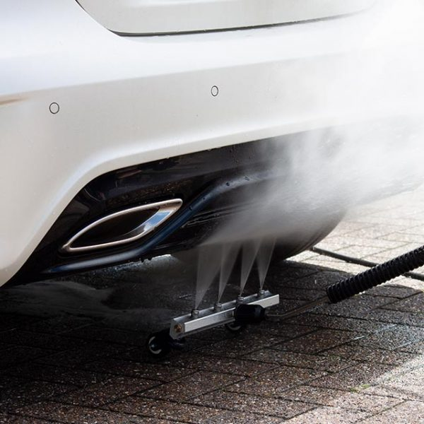 Chassis Cleaner - Auto Bodem Wasser